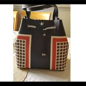 NWT Tory Burch Kerrington square small tote
